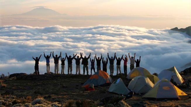 Вид на гору Меру с из лагеря Барранко